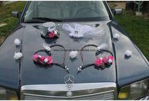 Décoration fleurs voiture mariage Novembre 2014 / Nouveaux bouquets, nouvelle compositions pour votre mariage sur http://bouquet-de-la-mariee.com/