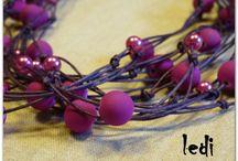 FILLing / Design in filo cerato con perline in acrilico, da seguire, da amare
