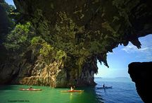 Phang Nga Bay kayaking tour / Kayaking in the most stunning parts of the bay without seeing anyone else is Paddle Asia's specialty.