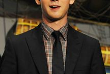 Logan Lerman ♥