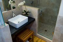 ideas para baños y cocinas / ambientaciones de porcelanatos  y ceramicos acompañados de sanitarios, griferias y amoblamientos!