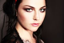 Amy Łee (Evanescence) / She is one of my favorite singer. I really love her.