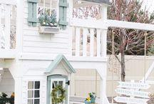 domek na dworze - dziewczynka