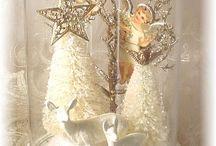 CHRISTMAS CRAFTS / by giuliana malagodi