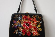 Vintages evening purses / I really find the different styles lovely.