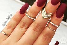Matte acrylic nails