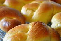 HOMEMADE BREAD & ROLLS - ODONNA / This is and extra touch to add to your home cooked meals. Don't forget the bread and butter!