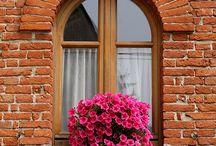 stará okna a dveře