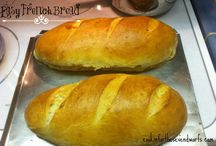 Bread Basket / Recipes and inspiration for baking your own bread at home.