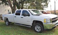 2013 Chevrolet Silverado - $41,500 / Make:  Chevrolet Model:  Silverado Year:  2013 Body Style:  Truck Exterior Color: Two-Tone Interior Color: Black Doors: Four Door Vehicle Condition: Excellent   Phone:  605-366-9021   For More Info Visit: http://UnitedCarExchange.com/a1/2013-Chevrolet-Silverado-147199683176