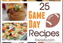 Super Bowl Party Food and Party Ideas / Super Bowl party food such as appitzers, snacks, sandwiches and desserts ideas. Also Super Bowl party decorating ideas.