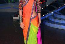 Hintli kıyafetleri