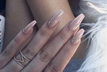 | Claws |