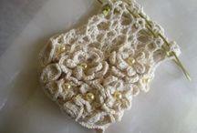 Flowers for bolero brooch / Inspiration for crochet flowers to make to go on black bolero for Mag's wedding