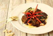 M E A T / Our healthy meat dishes are calorie counted and at the same time cooked to perfect deliciousness.