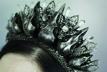 Insp: jewellery/headdresses