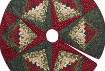 Christmas Table Toppers & Tree Skirts / by Jennifer Wright