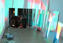 Beamers/projector / Bord met foto's over creative dingen met beamers