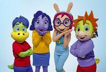 Turma do Dino - Danone / A TURMINHA ALEGRE, e muito carismática  A Turma do Dino é composta por personagens desenvolvidos para a nova campanha da linha Danoninho, da Danone. São eles Dino, Cacau, Kika e Lip.
