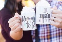 Pregnancy Announcement Ideas / Looking for fun and creative ways to share your baby news with the world? Check out some of our favorite birth announcement and pregnancy announcement ideas // pregnancy tips // fun pregnancy // mommy to be // daddy to be //