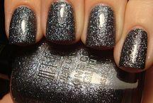 Nails / by Lindsay Langston