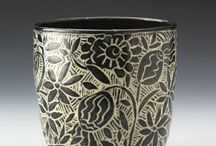 Sgraffito-surface decoration