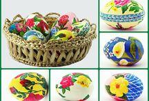Oua pictate/ Painted Eggs / Oua pictate de Lili Negulescu. Painted Eggs by Lili Negulescu.