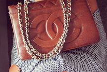 handbags / by Paula Cormier