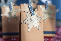Party: Western Vintage Favors, Fun, & Games