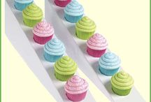 Cupcakes for all occasions. / DIY cupcakes for all occasions.