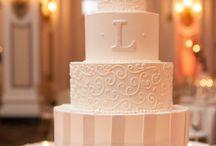 Cake Ideas / by Tatiana Olazabal