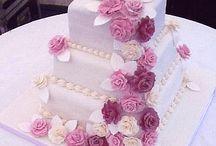 Cakes I Love / by Hilary Boonstra