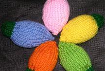 Christmas theme knitting