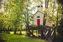Treehouse Chapel in Nashville, Tennessee / In 2015, we finished our dream treehouse chapel on our farm in Nashville, TN.