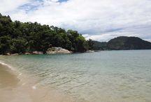 Praias Brasileiras / Venha inspirar-se com estas imagens de lindas praias brasileiras e tenha férias de verão maravilhosas. Praias com águas cristalinas, cidadezinhas aconchegantes, para férias relaxantes e revigorantes.