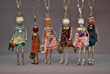 necklace dolls