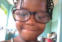 Sponsors gezocht / in september gaan de kinderen van Beth Elisha weer naar school maar het schoolgeld is er nog niet.