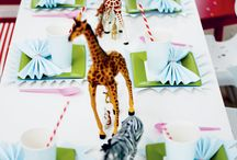 Kid's party tablescapes and decor / creating kid's birthday & holiday parties / by Natalie ♥︎
