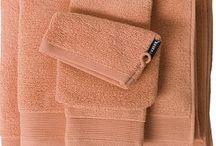 Handdoeken / Handdoeken in vele soorten en kleuren van diverse bekende merken.