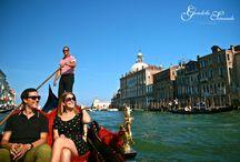 Living a dream / The original gondola ride with live music in Venice