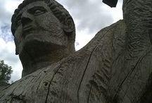 Frank Bruce Sculpture. / Франк Брюс - шотландский художник, который начал работу в качестве скульптора в 1965 году. Он использовал  натуральные материалы и ландшафт в качестве вдохновения.