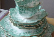 Mrs. Pots and Friends / Vintage tea pots, tea sets and other pretty vintage finds. / by Kelly Glaze
