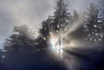 Raquettes à neige - Snowshoes  in Switzerland / Some locations and landscape in Switzerland, mostly in the Swiss French area, you can go to enjoy snowshoes. Quelques destinations et paysages sympathiques pour aller faire de la raquette (la plupart en Suisse romande)