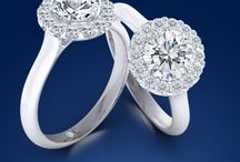 Engagement / Solitaire, three stone and side stone engagement rings