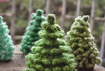 minis & crochet