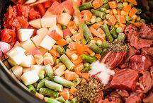 crock pot dinners / by Janet Breithaupt