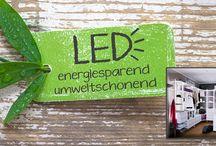 Energiesparende LED Beleuchtung für einen begehbaren Kleiderschrank / Vorteile: - perfekte Ausleuchtung des Schrankinneren - keine zusätzliche Investition in Leuchtkörper notwendig - keine Installation von Wandlampen bzw. Deckenstrahlern notwendig - sehr geringer Energieverbrauch: ca. 85-90 % weniger gegenüber  Glühlampe - lange Lebensdauer: ca. 30.000 Stunden (ca. 40 Jahre bei einer  Einschaltdauer von 2 Stunden/Tag)