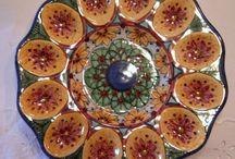 Piatto Ovarola in ceramica,dipinto a mano.Decoro Geo/Floris.