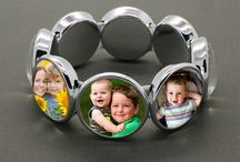 Make Your Own Photo Jewelry / Learn how you can make your own photo jewelry for fun or profit!