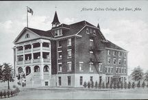 Canadian Colleges / You can also visit http://collegehistorygarden.blogspot.com/ for more information.